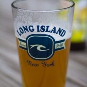 Wave beer pint